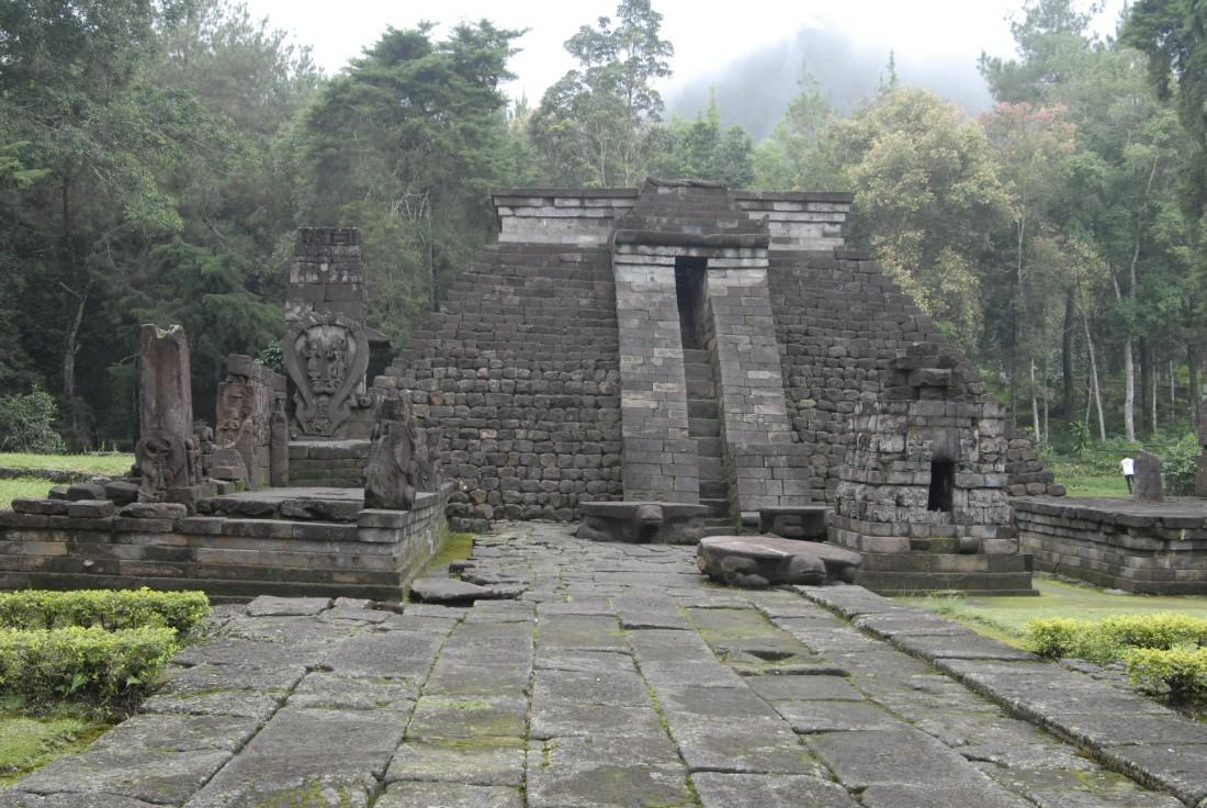 Overland Jawa Bali Tour Paket Wisata Selama 7 Hari