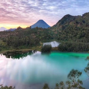Eksotik Jawa Tour-telaga warna di dieng