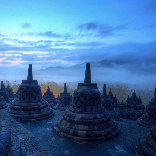 Paket Tour Yogyakarta-candi borobudur
