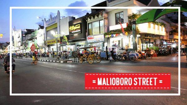 jalan malioboro - Tour ke Tempat Wisata di Jogja dengan Sewa Mobil